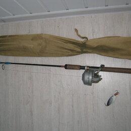 Удилища - Спиннинг удочка  с катушкой и блесной. СССР, 0