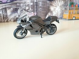 Модели - Мотоцикл Triumph Daytona 955i 1/18, 0