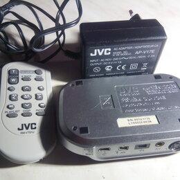 Аксессуары для видеокамер - переферия к видеокамере jvc ( cu-vc4e аp-v17e rm-v751u) кофр тоже есть, 0