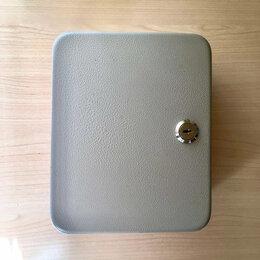 Настенные ключницы и шкафчики - Ключница без ключей, 0