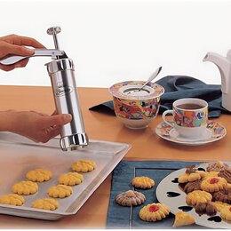 Кондитерские аксессуары - Шприц-пресс с насадками для печенья Biscuits, 0