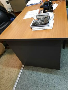 Столы и столики - Офисные столы  , 0