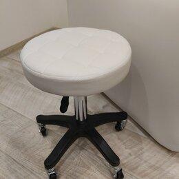 Мебель для салонов красоты - Стул мастера, 0