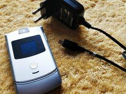 Мобильные телефоны - Motorola Razr V3 Silver оригинал Singapore, 0