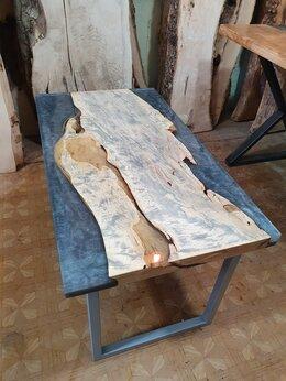 Столы и столики - Журнальный стол из массива Граба с эпоксидной…, 0