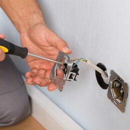 Электромонтажники - Требуются электромонтажники для работы в квартирах. Новостройка, 0