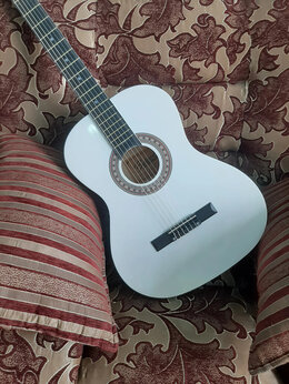 Акустические и классические гитары - Новая классическая гитара, 0