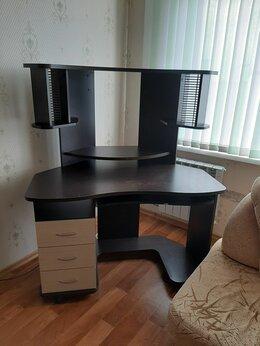 Компьютерные и письменные столы - Продаю стол,компьютерно-писменный, 0