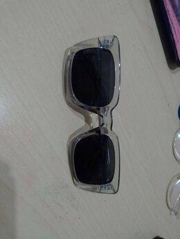 Очки и аксессуары - Солнечные очки, 0
