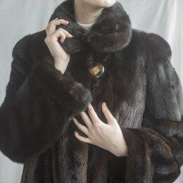 Шубы - Шуба норковая средней длины Saga Mink, размер 48-50, цвет коричневый\шоколадный, 0