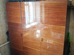 Шкафы, стенки, гарнитуры - Гардероб 3х створчатый, 0