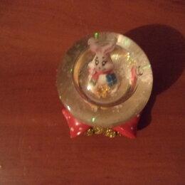 Статуэтки и фигурки - Стеклянный шарик с кроликом!, 0