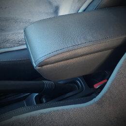 Интерьер  - Подлокотник для Renault Duster с 2012-, 0