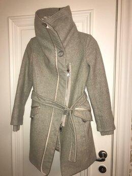 Пальто - пальто на молнии шерстьPINKO (Италия ) 38, 0