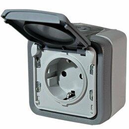 Электроустановочные изделия - Розетки и выключатель IP55 Legrand Plexo ., 0