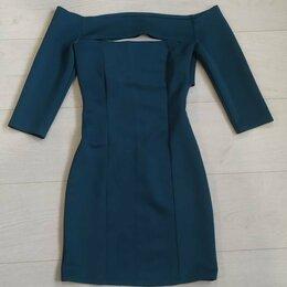 Платья - Платье с открытой спиной  Размер: 42–44 (S), 0