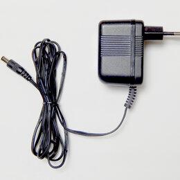 Блоки питания - Адаптер. Блок питания. 220V /9V 1А перем.напр., 0