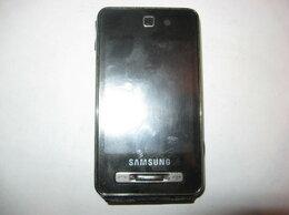Мобильные телефоны - Samsung F480 La Fleur Touch Hide Metal, 0