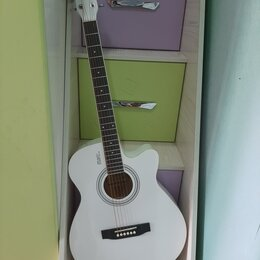 Акустические и классические гитары - Белая красивая акустическая гитара, 0
