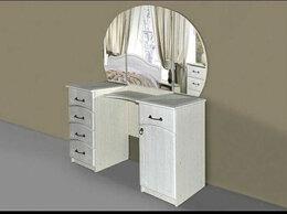 Столы и столики - Стол туалетный с зеркалом, 0