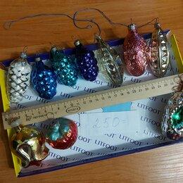 Новогодний декор и аксессуары - Елочные игрушки СССР из стекла с покрытием люминофором шишки, 0