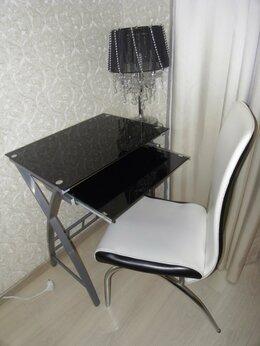 Компьютерные и письменные столы - Стол компьютерный стеклянный компактный стиль торг, 0