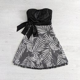 Платья - Платье Jane Norman, 0