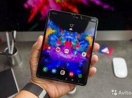 Мобильные телефоны - Samsung Galaxy Fold, 0