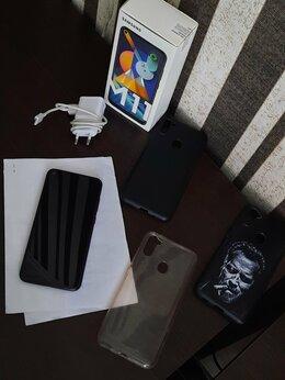 Мобильные телефоны - Телефон Samsung Galaxy M11, 0