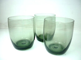 Бокалы и стаканы - Стаканы из черного стекла, 0