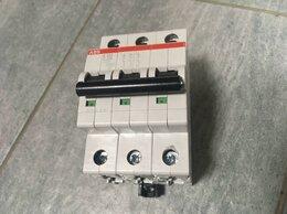 Защитная автоматика - Выключатель автоматический трехполюсный 25А С…, 0