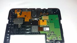 Прочие запасные части - Сломаный смартфон Nokia RM-1030, 0