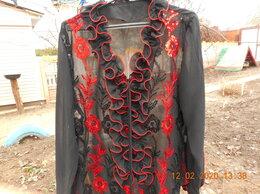 Блузки и кофточки - Блузка, отороченная вышивкой и блестками, 0