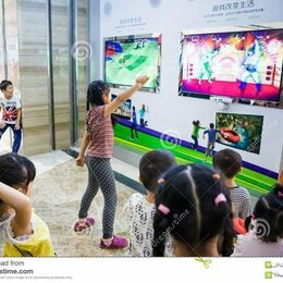 Аксессуары - Камера Kinect Xbox 360 + диск с играми, 0