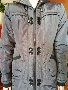 Куртки - Продам Куртку осеннюю с капюшоном , 0