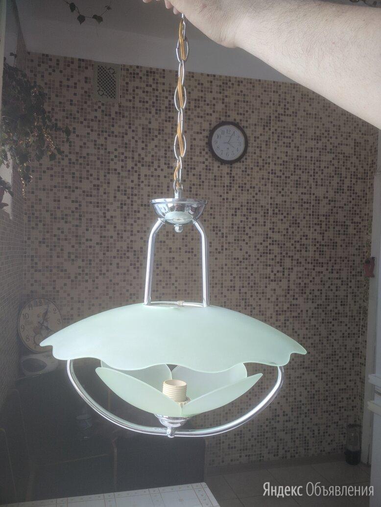 люстры по цене 300₽ - Люстры и потолочные светильники, фото 0