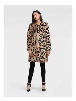 Шубы - Пальто меховое DKNY, 0