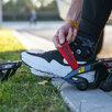 Электроролики на обувь Razor Turbo Jetts по цене 12900₽ - Роликовые коньки, фото 5
