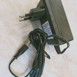 Зарядные устройства и адаптеры питания - Зарядное устройство для электромобиля, 0