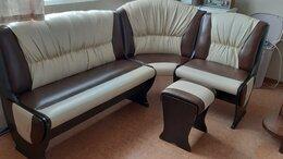 Мебель для кухни - Кухонный уголок (угловой диван + 2 табурета) , 0