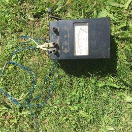 Измерительные инструменты и приборы - Продам Мегаомметр М41004, 0