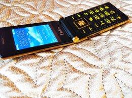 Мобильные телефоны - Dsfen Black/Gold Dual Sim, раскладушка, отл, 0