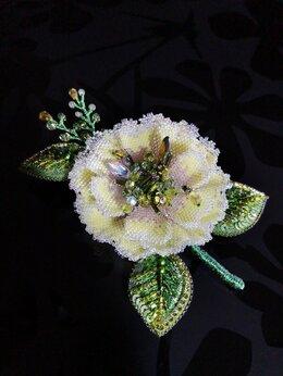 Броши - Брошь цветок из бисера и камней , 0