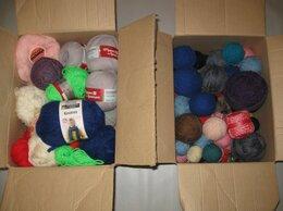 Рукоделие, поделки и товары для них - Пряжа 2 коробки, мулине пакетами, 0