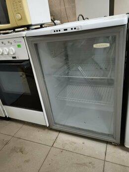 Холодильные витрины - Шкаф витрина холодильный Бирюса , 0