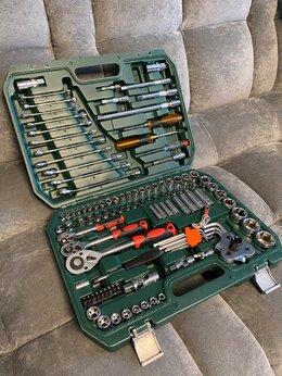 Наборы инструментов и оснастки - Набор 121 предмет, 0
