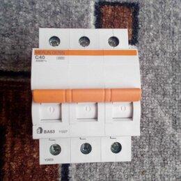 Электрические щиты и комплектующие - Автоматический выключатель 3П 40А 4.5кА Schneider, 0