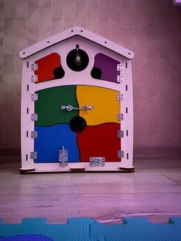 Развивающие игрушки - Бизиборд/ бизидом / бизикуб, 0