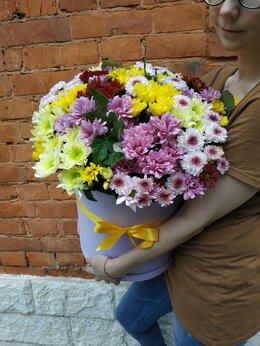 Цветы, букеты, композиции - Шляпная коробка с цветами, 0
