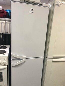 Холодильники - Холодильник Indesit SB1670.028 б/у, 0